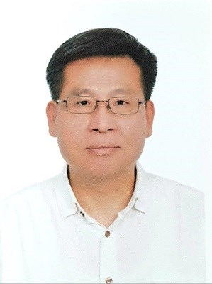 The director of Pingtung branch, administrative enforcement agency, ministry of justice is Men-Chien Lee.